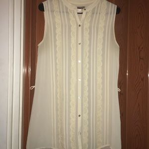 Cream lace & sheer top!